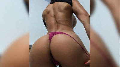 Chat webcam com Melinda Castro ao vivo