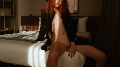 Live Webcam chat with RED HOT