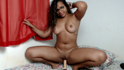 Chat webcam com Cacau Baianinha ao vivo