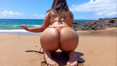 Live Webcam chat with Emilly Tavares