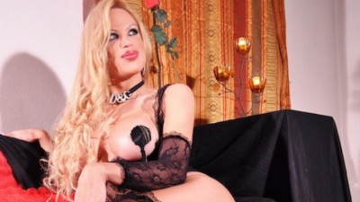 Live Webcam chat with sabrinasexhot