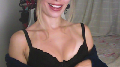 Chat webcam com Roxie ao vivo