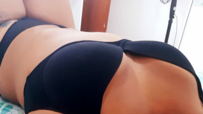 Live Webcam chat with Thianna