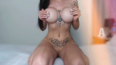 Live Webcam chat with Athena